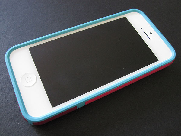 Speck CandyShell Flip + Grip for iPhone 5 01