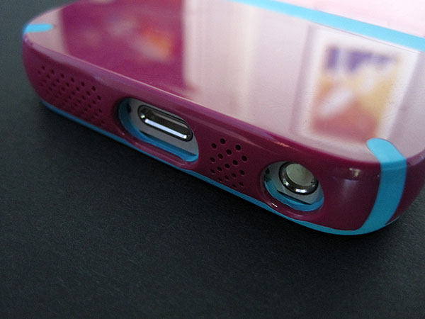 Speck CandyShell Flip + Grip for iPhone 5 03
