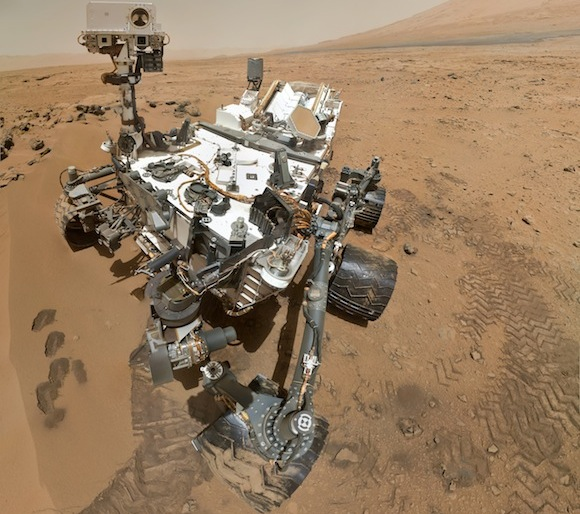 Curiosity self-shot