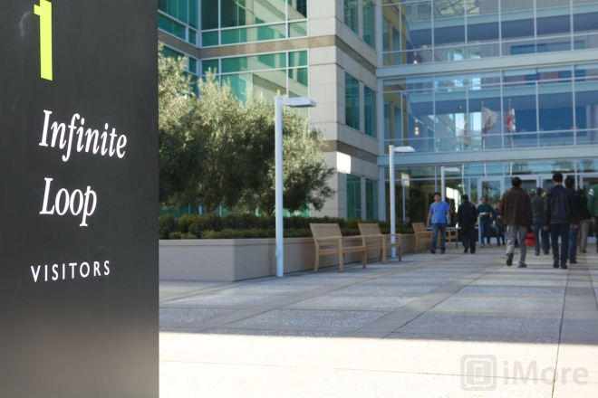 Apple holds annual shareholder meeting